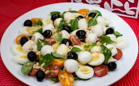 1355758025_novogodnij-recept-salata-milye-kroshki