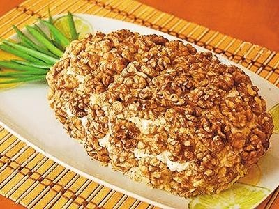 sloenyj-salat-ananas-recept